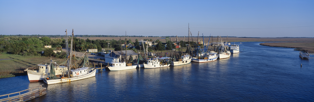 Image: Shutterstock. Fishing boats on the Intracoastal waterway.