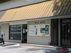 La oficina original de El Futuro en el centro de Carrboro, NC.