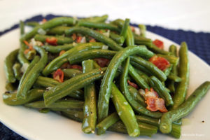 Cooked and seasoned green beans